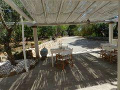 Ingresso indipendente con Arredo giardino